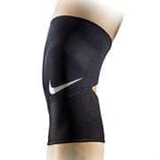 Nike CLOSED-PATELLA KNEE SLEEVE 2.0 Фиксатор колено Черный